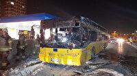 Akaryakıt istasyonunun yakınında faciadan dönüldü: Park halindeki İETT otobüsü alev alev yandı