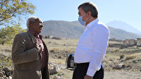 Köyde 10 yıldır tek başına yaşıyor: Vali'nin teklifini reddetti