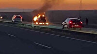 Otomobil alev topuna döndü: 4 kişi son anda kurtuldu