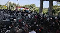 Meksika'da ülke şartlarını protesto eden göçmenler sokağa döküldü