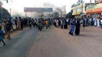 Sudan'da darbe girişimi: Halk sokaklara döküldü