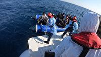 Yunanistan'ın ittiği lastik botlardaki 79 düzensiz göçmen kurtarıldı