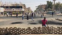 Sudan'da darbe karşıtı protestolar sürüyor: Ana caddelere barikatlar kuruldu