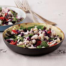 Taze Yeşillikli Pirinç Salatası