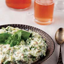 Fesleğenli Diyet Kabak Salatası