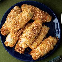 Peynirli Pazılı Çıtır Börek