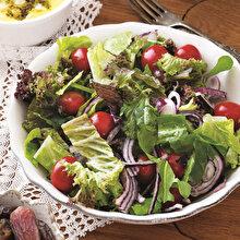 Mor Kıvırcıklı Salata