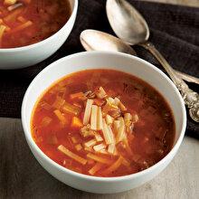 Erişteli Sebze Çorbası