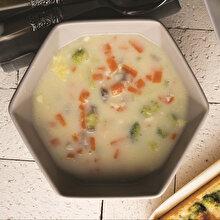 Sütlü Sebze Çorbası