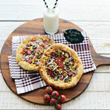 Ramazan Pidesinden Neşeli Pizza