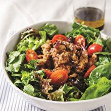 Şinitzel Salata