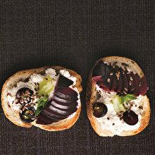Eylül Meyveleri ile Ekmek Üstü