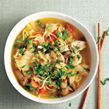 Mantarlı Lahanalı Noodle