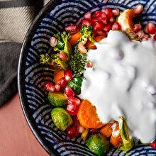 Narlı Ilık Lahana ve Brokoli Salatası
