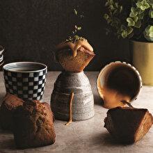 Tarçın Ceviz ve Karamel Soslu Cupcake