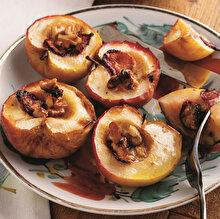 Fırında Çilekli Elma Tatlısı