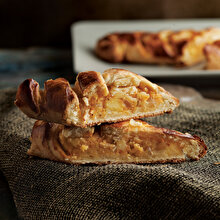 Patatesli Mayalı Örgü Börek