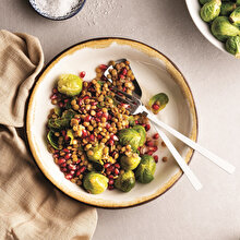 Narlı Mercimekli Brüksel Lahanası Salatası