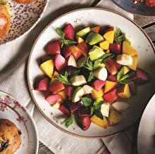 Erikli Meyve Salatası