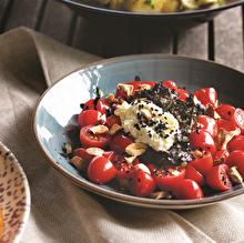 Labneli Domates Salatası
