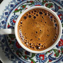 Türk kahvesi dosyasını açıyoruz: Bol köpüklü Türk kahvesi nasıl yapılır?