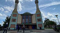 Dutch municipalities secretly probing mosques: Report