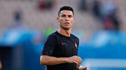Cristiano Ronaldo seals contract to complete Manchester United return