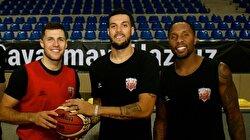 محترفون أمريكيون: كرة السلة تتمع بشعبية متصاعدة في تركيا