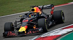 Formula 1: Daniel Ricciardo wins for Red Bull in China