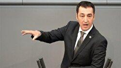 Almanya'nın Yeşiller Partisi eski Başkanı Cem Özdemir'den HDP'ye barajı açtığı için tebrik mesajı