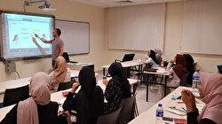 جامعتان ماليزيتان تدرّسان اللغة التركية لطلابهما