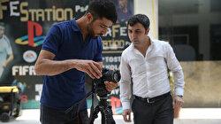 في تركيا.. شاب سوري ينتج فيلمًا هادفًا بجهده الشخصي