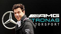 Mercedes boss 'totally OK' with Hamilton talking to Ferrari