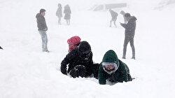 ثلوج أولوداغ التركية ترتفع لـ1.5م وتمنح السياح أوقاتًا ممتعة