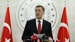 وزير التربية التركي: التعليم عن بُعد يبدأ صباح الإثنين