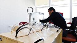 Antalya'da koronavirüse karşı 3d yazıcı ile maske üretilmeye başlandı