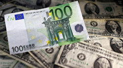 Dollar on front foot as worries about Hong Kong stir risk aversion