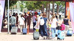 Akın akın geliyorlar: Rusya'dan 'turizmin başkenti'ne bir günde 80 uçak geldi