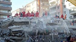İzmir'deki deprem sonrası ekipleri hareketlendiren gelişme: Enkaz altında kız çocuğu görüldü