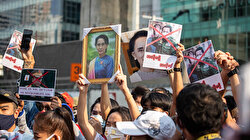 Philippines calls for release of Myanmar's Suu Kyi