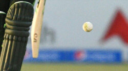 Pakistan delays cricket league amid COVID-19 cases