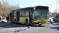 Başakşehir'de İETT otobüsü park halindeki midibüse çarptı: Bir kişi yaralandı