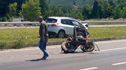 Otomobil ile çarpışan traktör ikiye ayrıldı