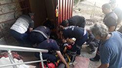 Asansör halatı koptu: İki kişi 9 metreden aşağı çakıldı