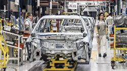 Otomotivde çip krizi büyüyor: Bir marka daha üretimi durdurdu