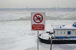 البرد يجمّد أكبر أنهار أوروبا في حالة نادرة