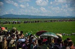 بالصور   مسلمو الروهينغيا يواصلون الفرار من جيش ميانمار