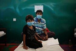 Rohingya refugees riddled with illness treated at Bangladeshi clinic