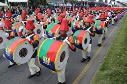 Colombian soldiers march during the military parade to commemorate Colombia's 208th independence anniversary