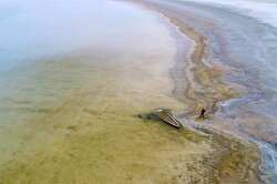 Fall in water levels at Lake Van reveals two sunken ships